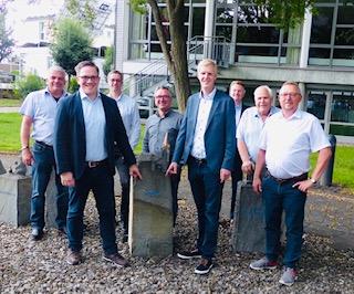 """""""Die Stärken von Erwitte ausbauen"""" BG, SPD und CDU sowie Bürgermeisterkandidat Hendrik Henneböhl stellen gemeinsam Kai Günther als Bewerber für das Amts des Ortsvorstehers vor."""